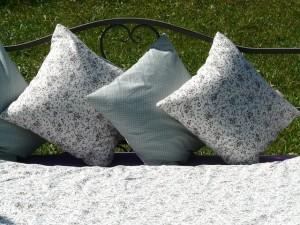 pillow-59994_640
